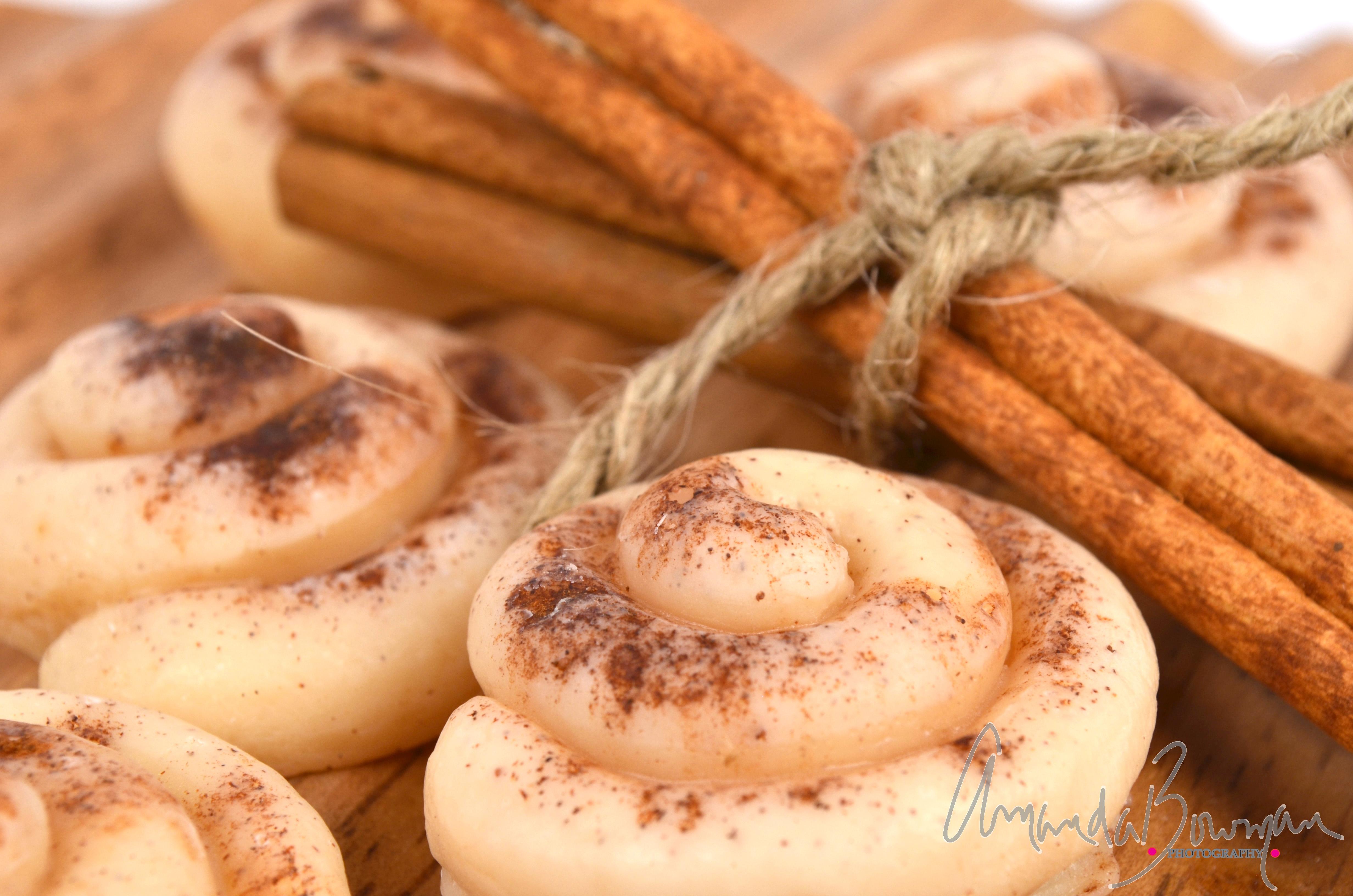 Small Cinnamon Bun Wax Melts