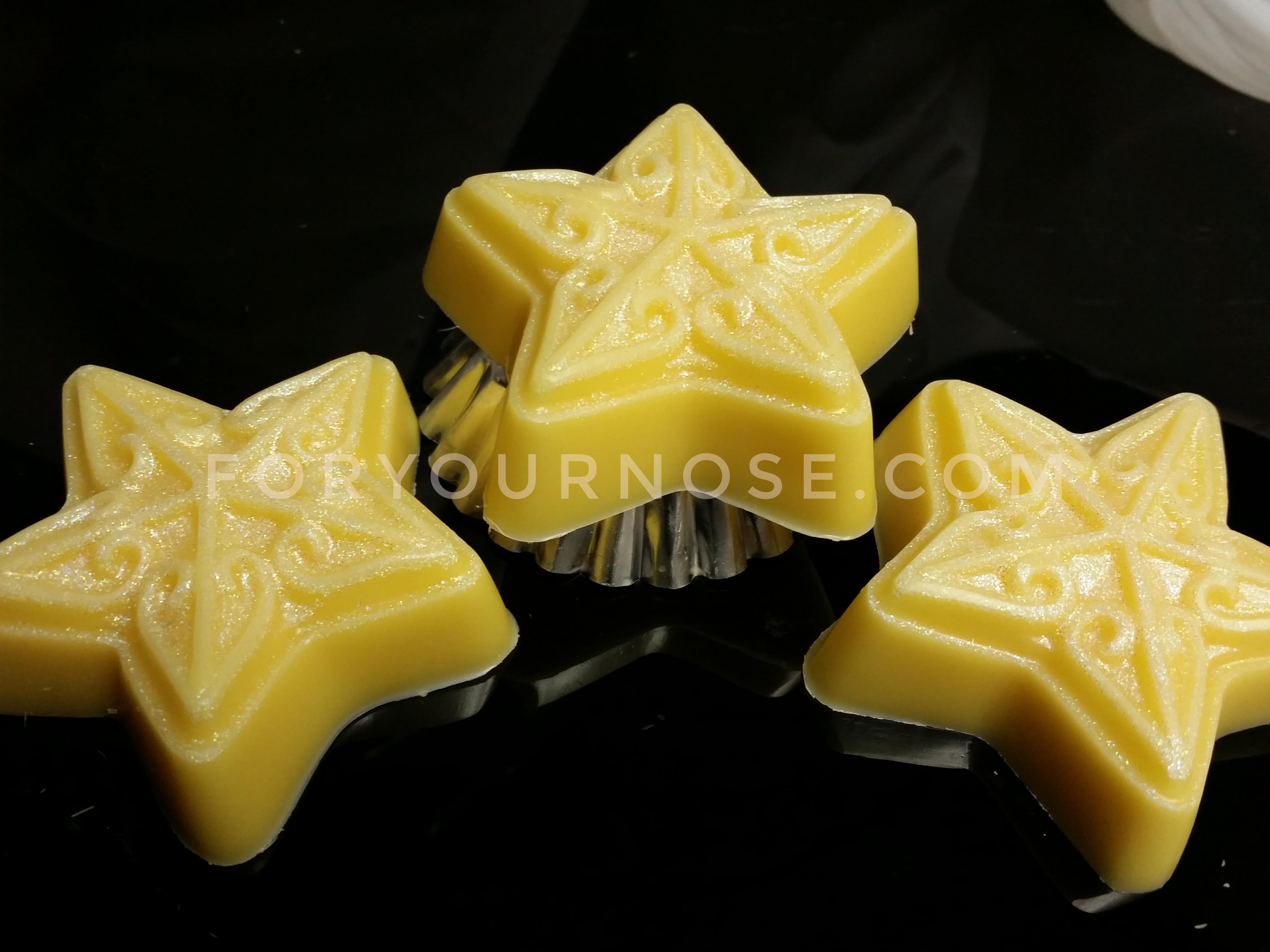 Holiday Wax Melts - White Chocolate Zucchini Bread Stars (RTS)