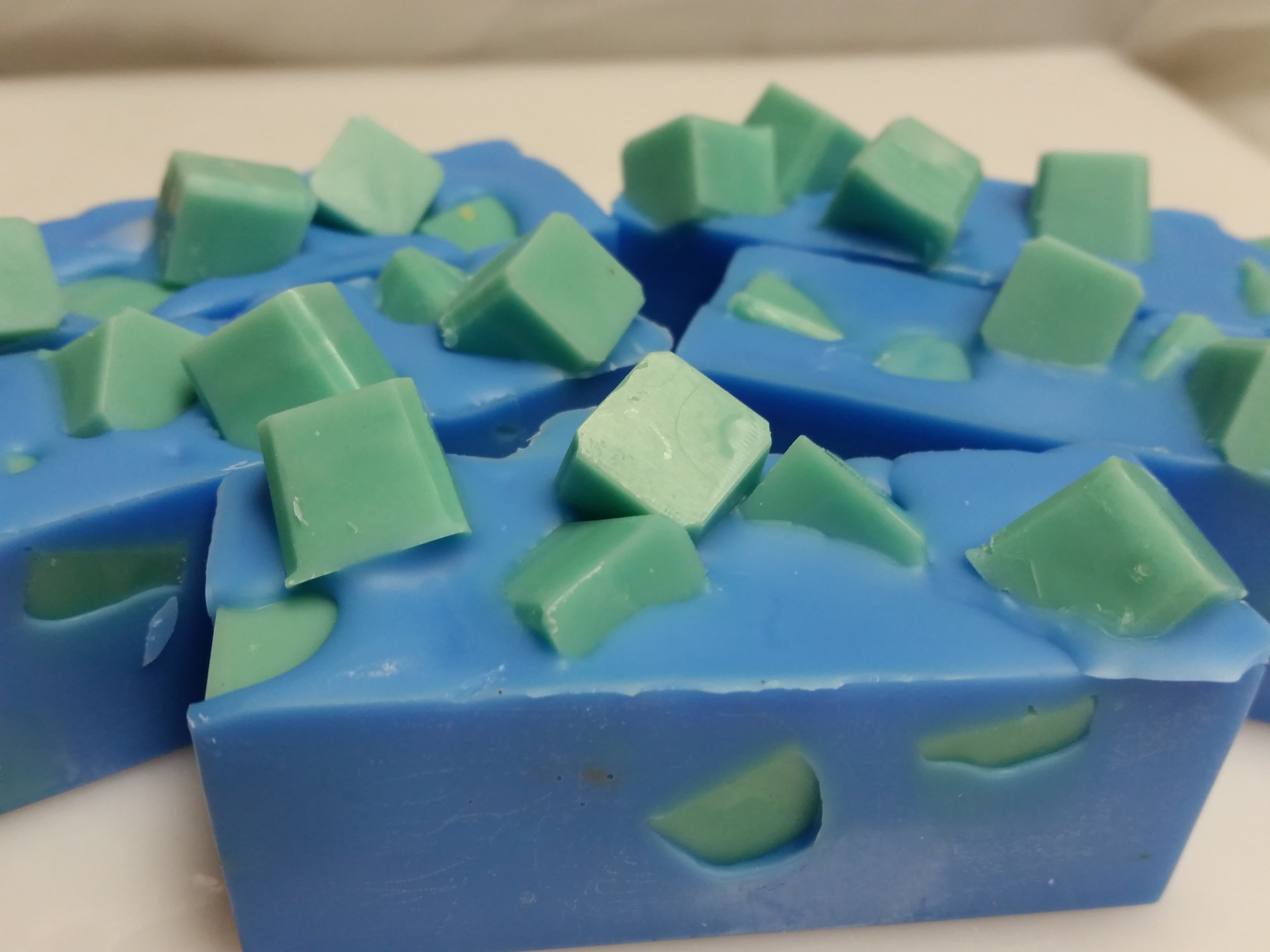 wax-chunk-bar